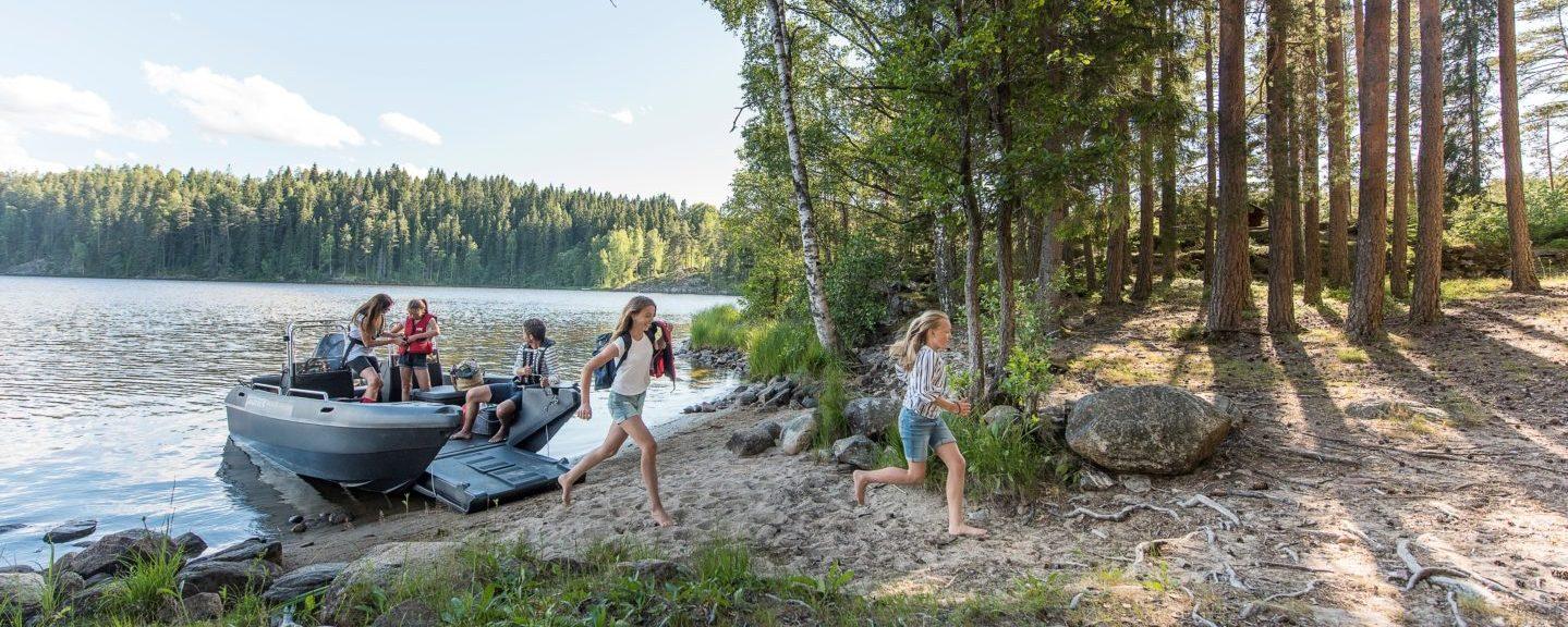 Campa med båten i sommar